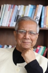 Prof Yunus_front view