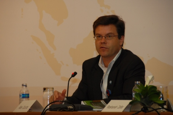 Alex Counts at the 2008 Asia-Pacific Regional Microcredit Summit in Bali, Indonesia